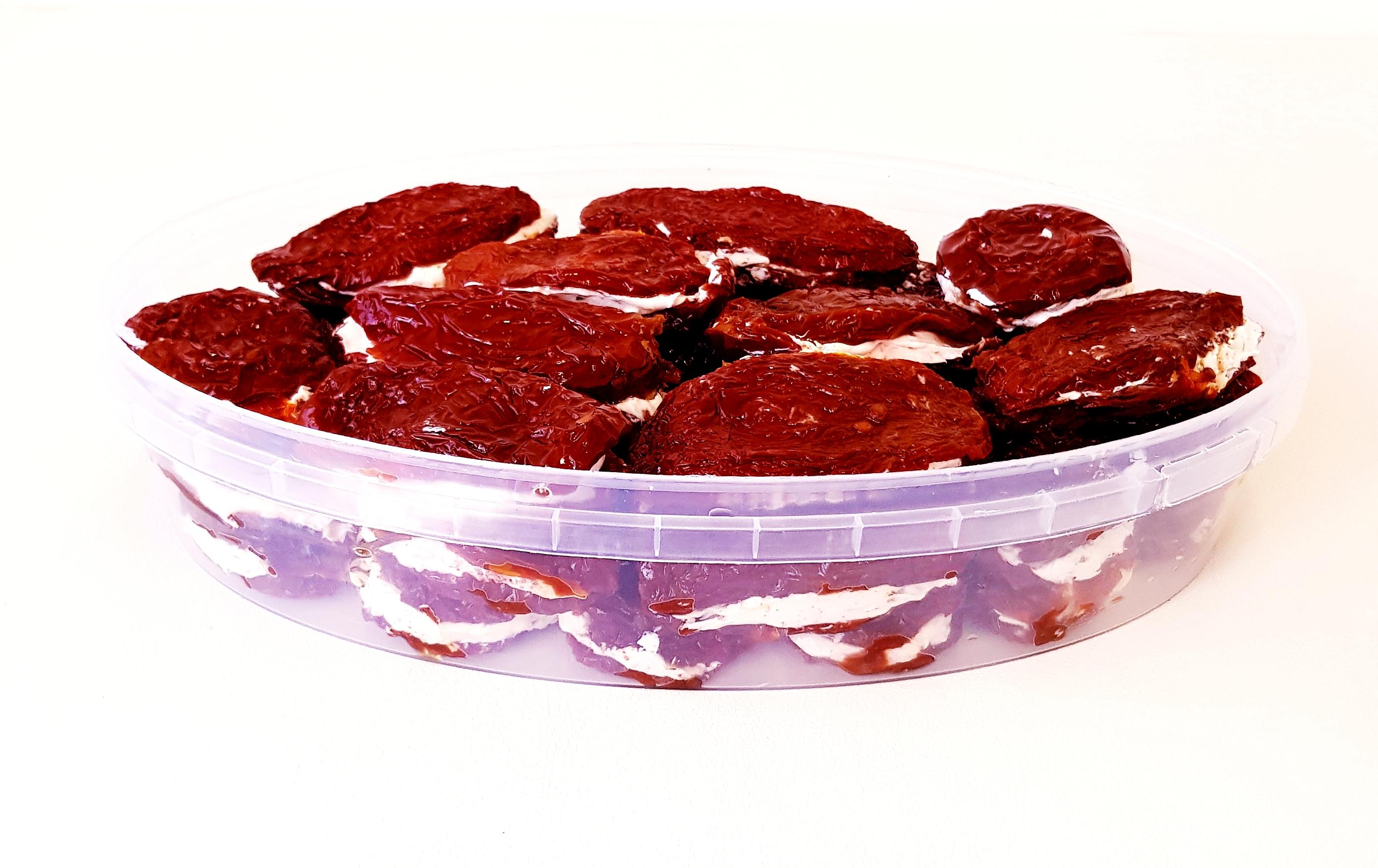 Вяленые томаты со сливочным сыром
