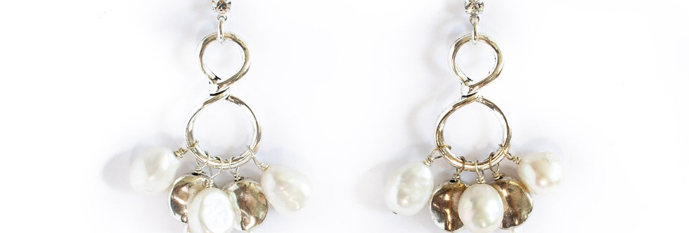 Silver/Freshwater Pearl Infinity Dangle