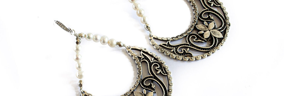 Freshwater Pearl Silver Antique Crescent