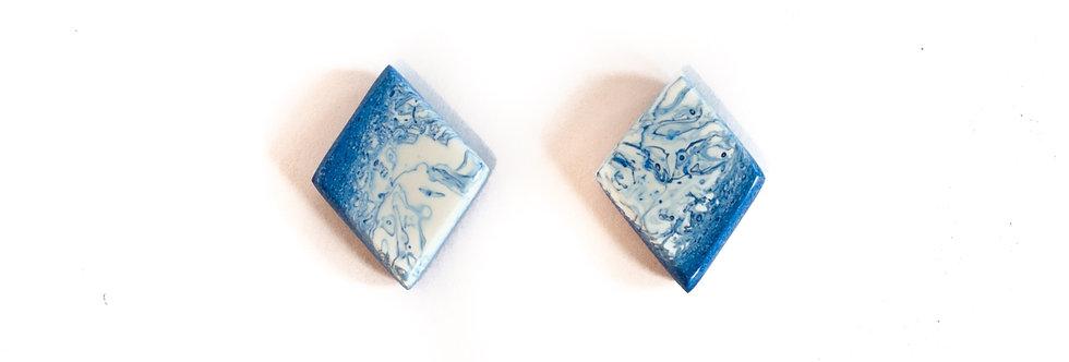 Blue/White Stud
