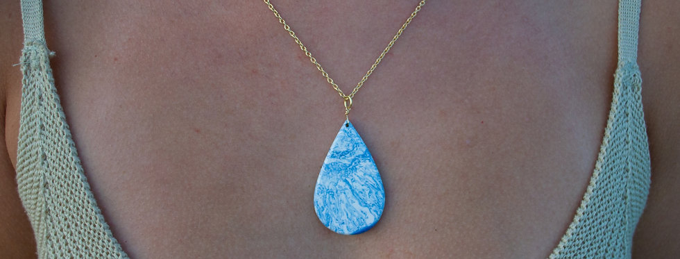 Blue/White Gold Teardrop Necklace