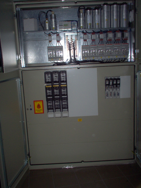 rozdzielnica elektryczna, rozdzielnia elektryczna, skrzynka elektryczna, rozdzielnia budowlana, obudowy gazowe, parapety, konstrukcje metalowe, lakierowanie proszkowe
