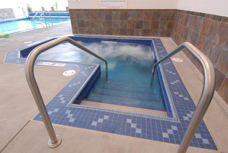 Evergreen Fountains SPA/Hot Tub
