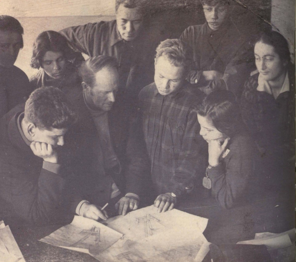 Nikolai Ladovskii with students