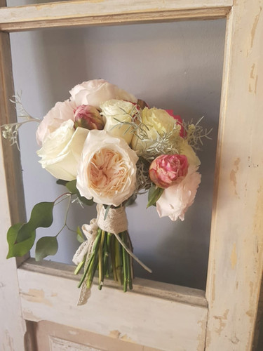 Ramo Garden Roses