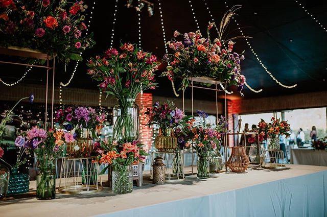 Armonía de colores, brillos y flores!
