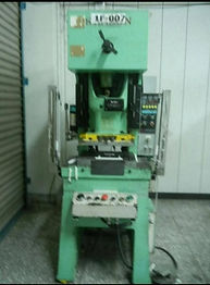 Gap Frame Punch Machine