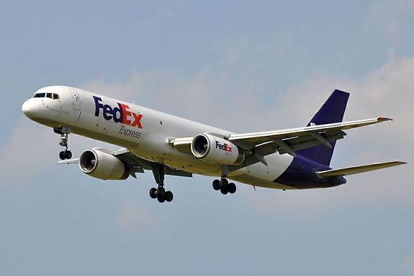 Federal_Express_FedEx_Boeing_757-200F_N9