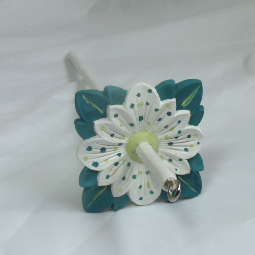 White and Turquoise Daisy Medium Drop Spindle
