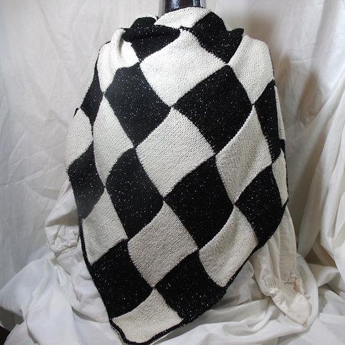 Gridlac Shawl - black and white