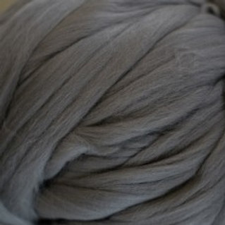 """Merino solid dyed top - """"Silver"""""""