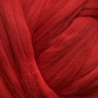 "Merino solid dyed top - ""Red"""