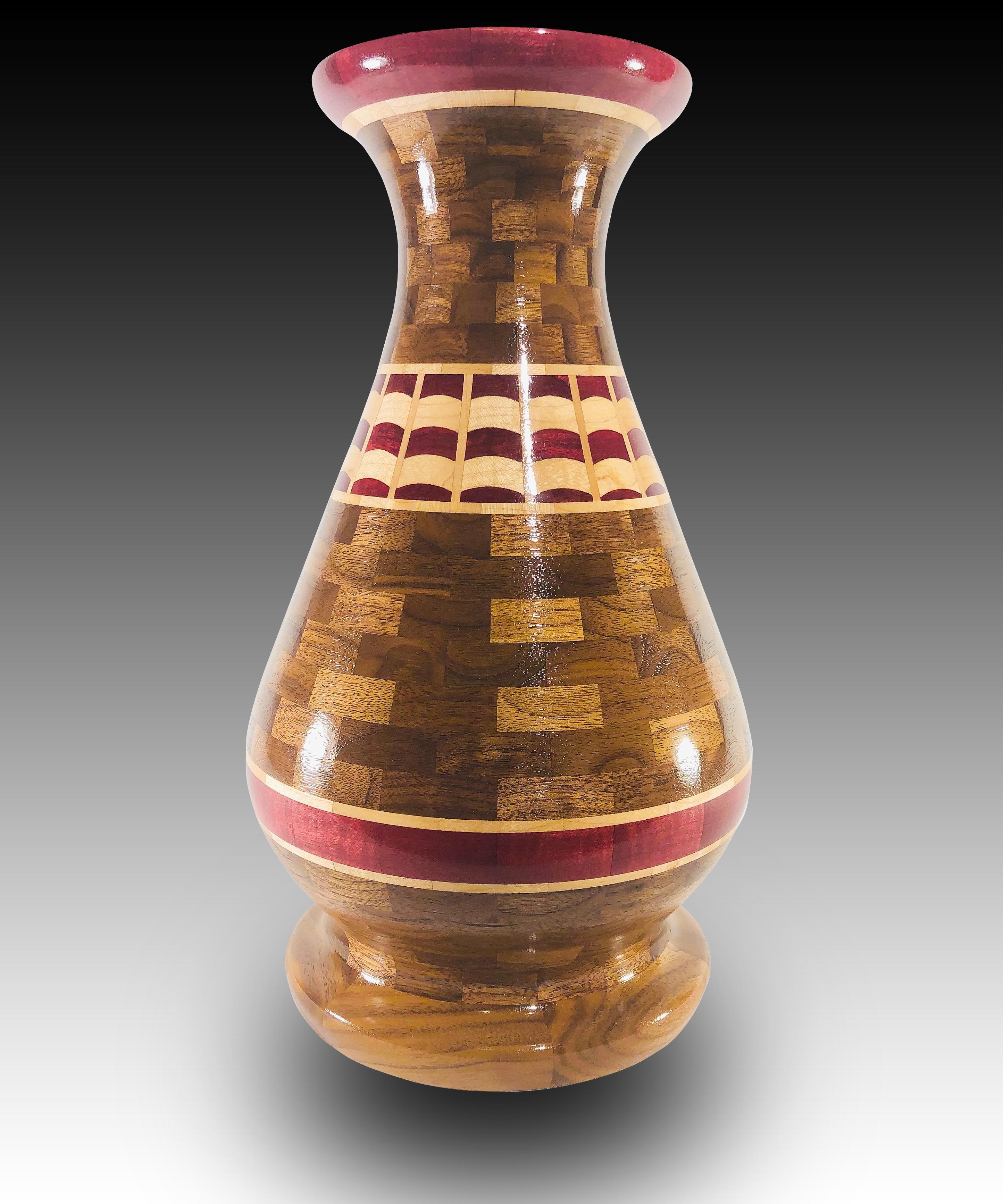 Banner Vase