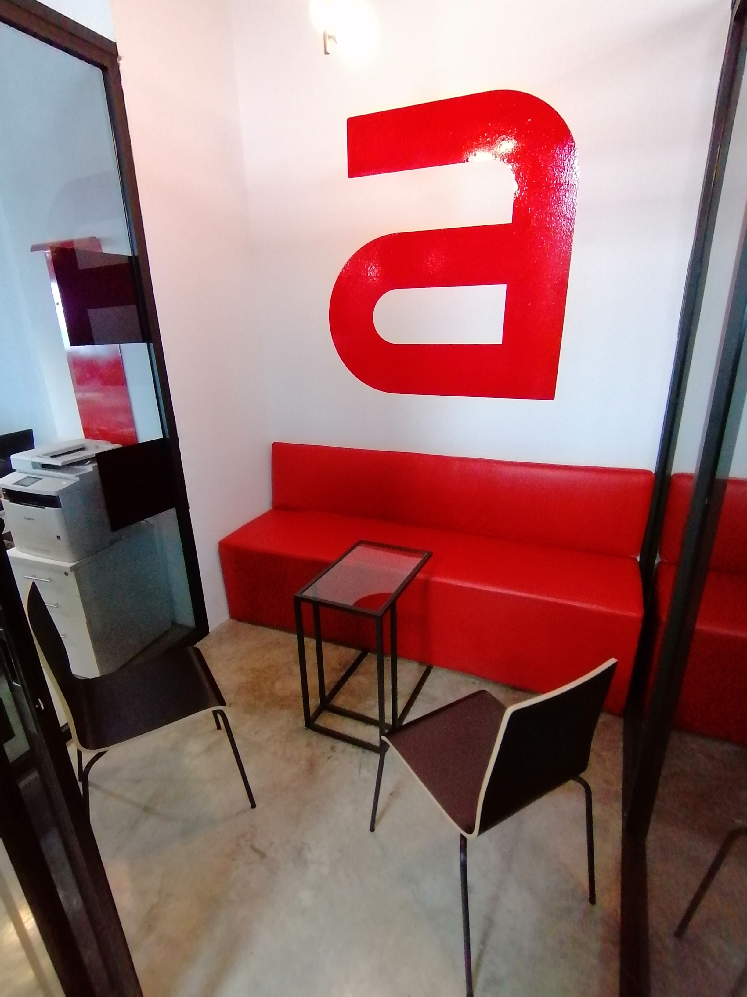 Sala A- 4 a 5 personas