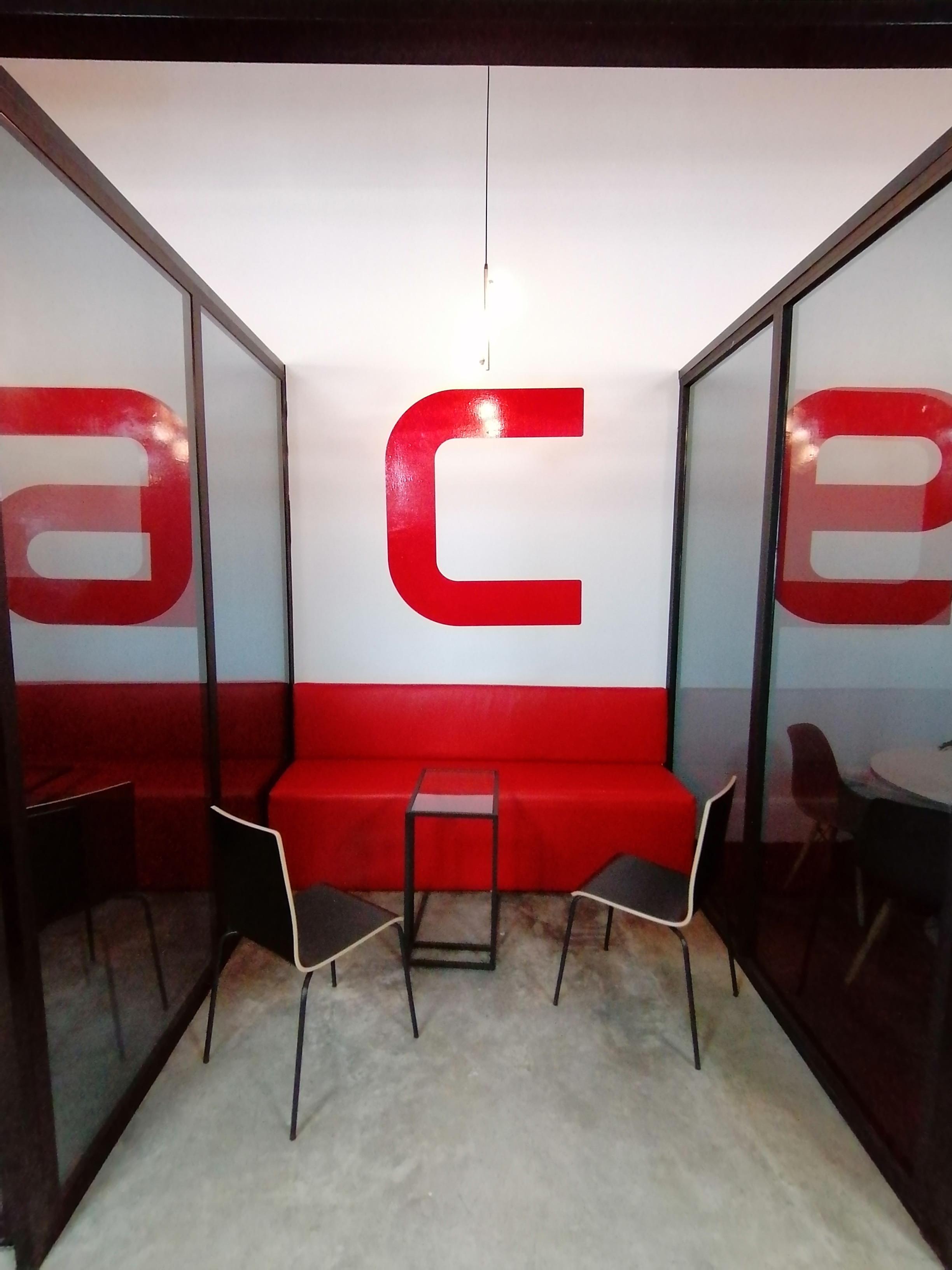 Sala C- 4 a 5 personas