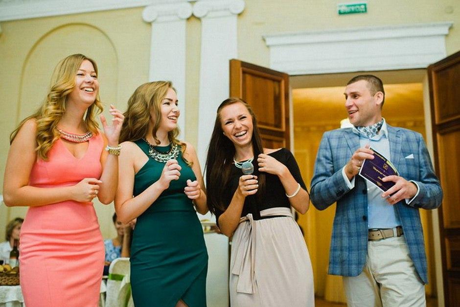 Ведущий на выпускной в СПб