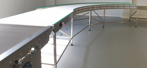 discharge conveyor form tunnel oven