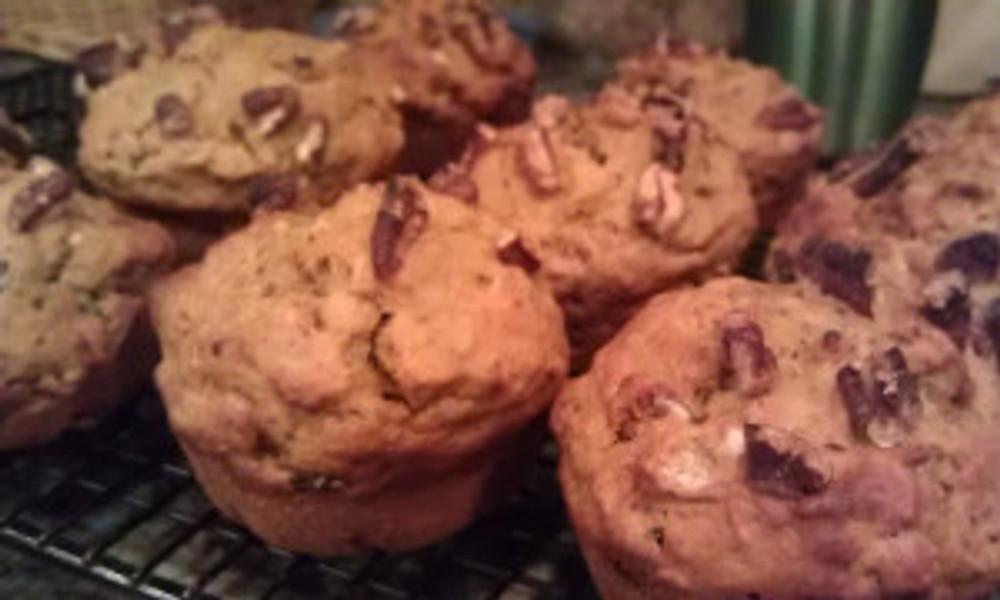 delicious pumpkin cardammom muffins