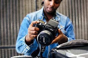 photograph-man-with-camera.jpg