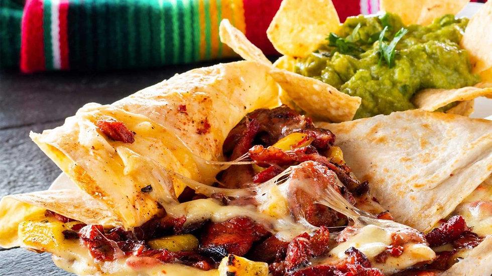 Gringa de Carne Enchilada