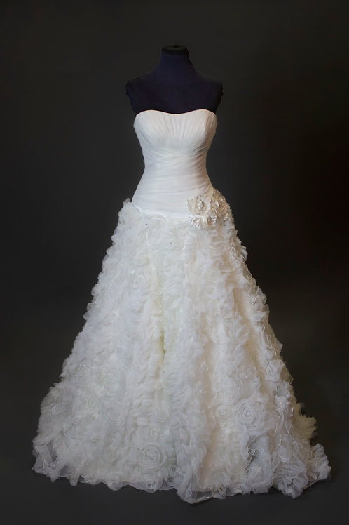 Allure Ivory Floral Wedding Gown - Size 6