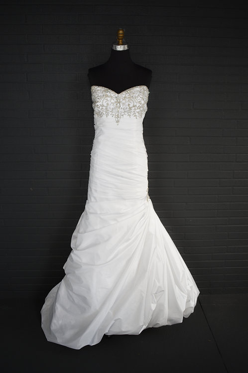 David's Bridal White Wedding Gown - Size 20W