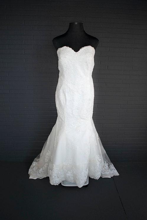 Ivory Lace Wedding - Size 22
