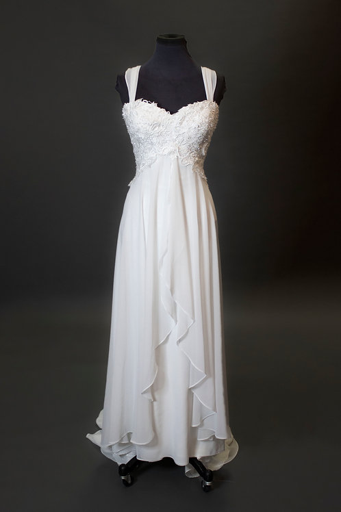 Ivory Lace Wedding Gown - Size 10