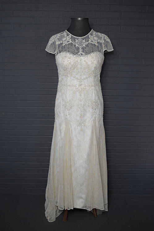 Ivory Lace Wedding Gown - Size 14