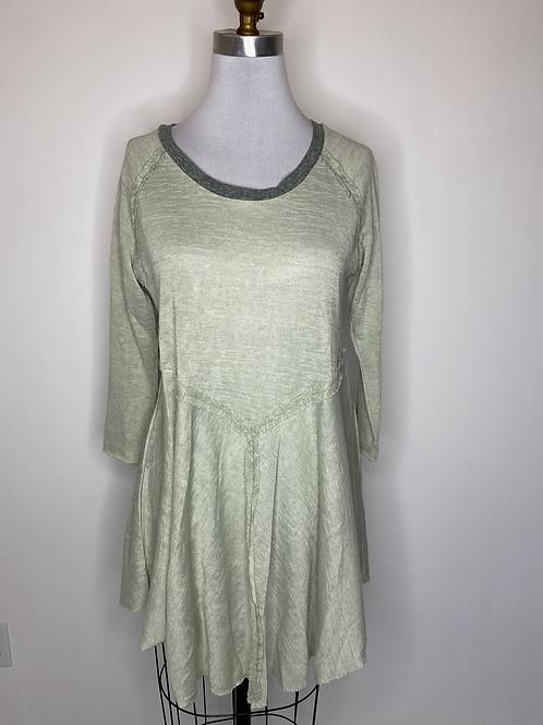 Green top - size medium