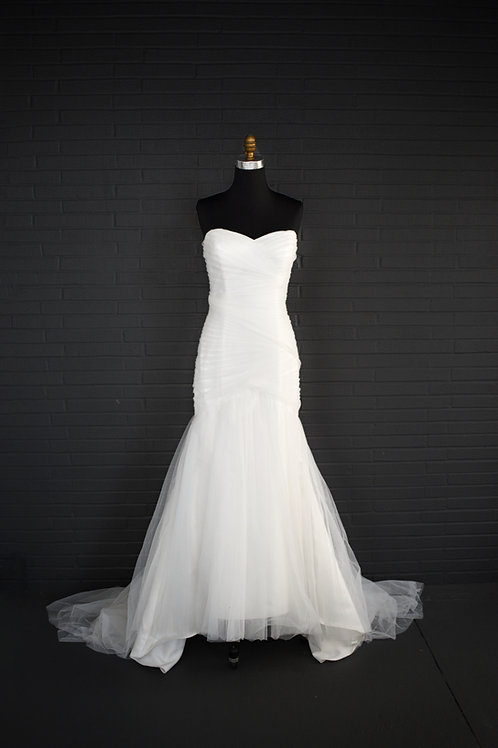 David's Bridal Ivory Wedding Gown - Size 12