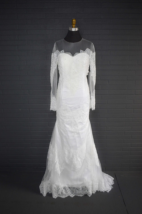 White Lace Wedding Gown - Size 12