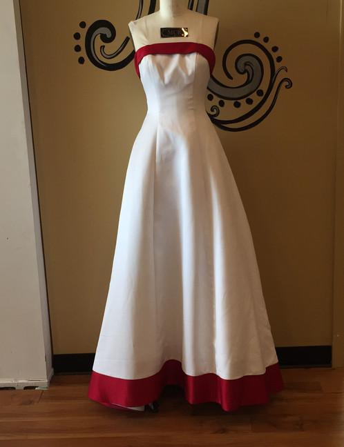 David\'s Bridal White & Red Wedding Dress (Size 6)