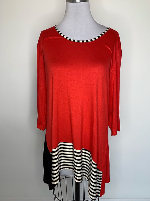 Red print top - size XL