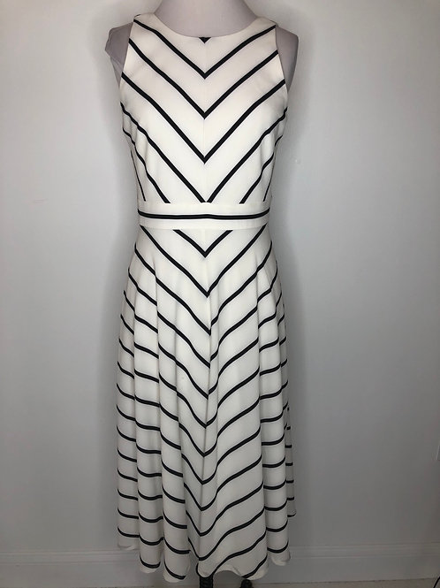 Black and White Dress Size 6