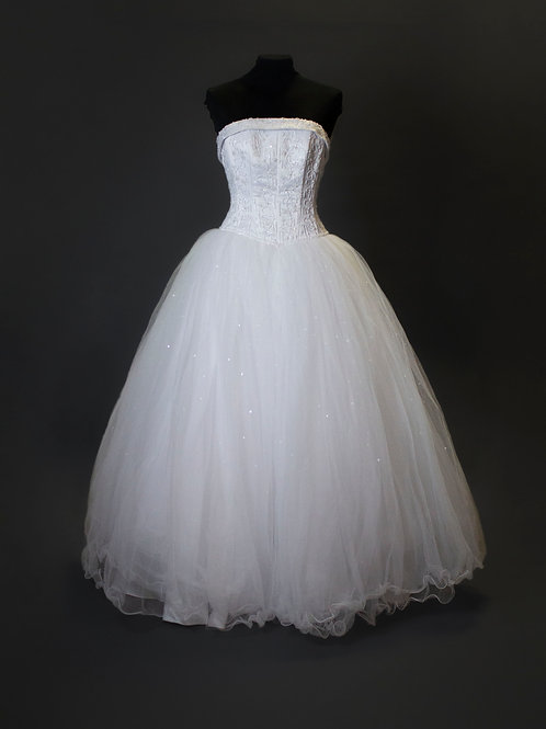 David's Bridal White Tulle Wedding Gown - Size 2