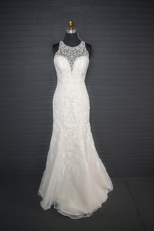 Ivory Lace Wedding Gown - Size 12