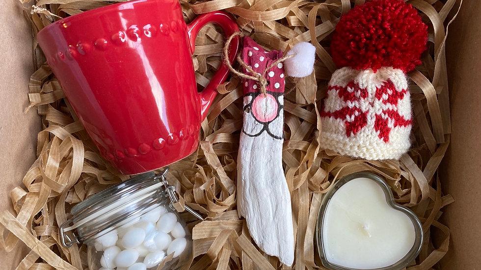 Santa Driftwood & Red Mug Mini Lux Hamper