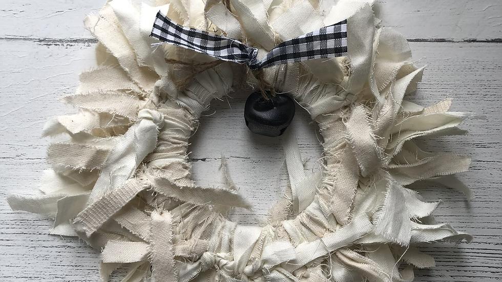 Mini Rag Wreath in Cream