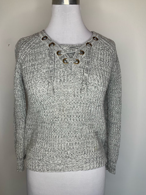 Gray sweater - Size Large