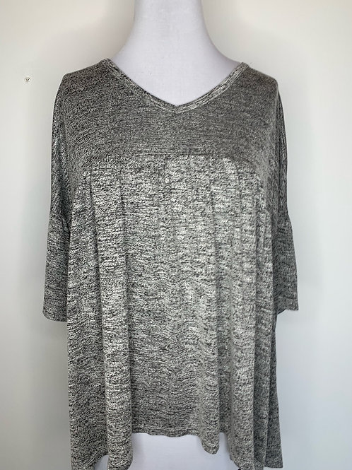 Heather gray top - size medium