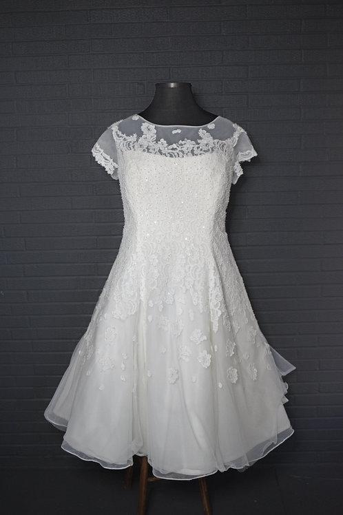 Short Wedding Gown - Size 26W