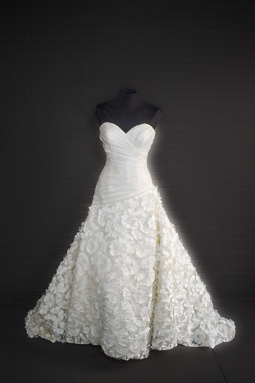Allure Ivory Wedding Gown - Size 6