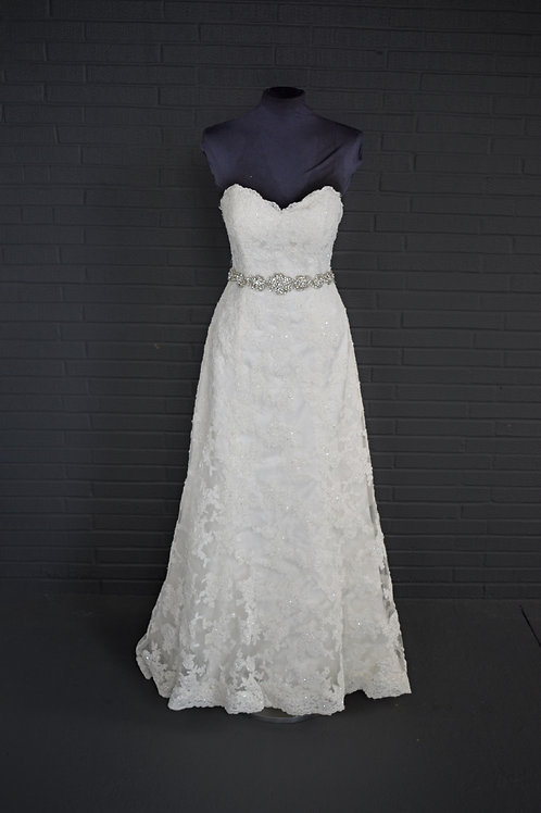 Maggie Sotterro Ivory Lace Wedding Gown - Size 6