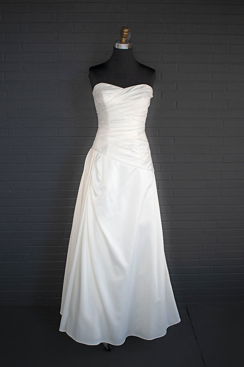 David's Bridal Ivory Satin Wedding Gown - Size 6