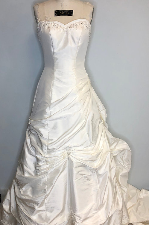 Ivory Taffeta Wedding Gown - Size 4