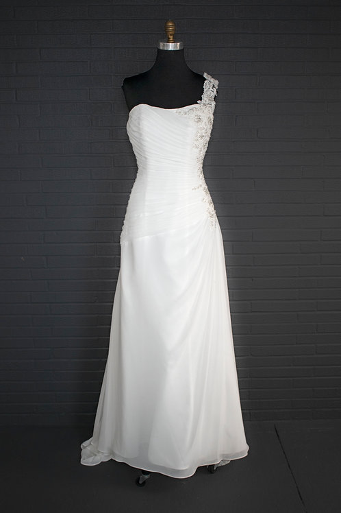 David's Bridal Ivory Wedding Gown - Size 14