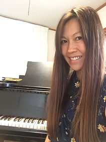 Akiko Casual Picture.JPG