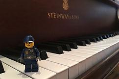Lego Steinway