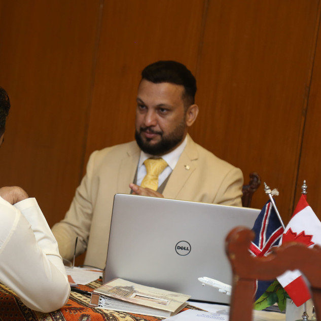 ADIL ISMAIL best immmigration consultant in karachi pakistan superior consulting immigration experts in karachi pakistan superior consulting adil ismail
